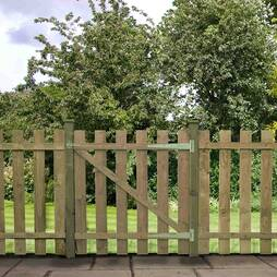 Pallisade Gate Flat Top 915mm  Pressure Treated