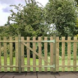 Palisade Gate Flat Top 1220mm  Pressure Treated
