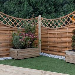 Convex Horizontal Weave with Integrated Trellis 1800mm x 1600mm  Pressure Treated