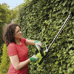Garden Gear 20V Cordless Lithiumion Hedge Trimmer