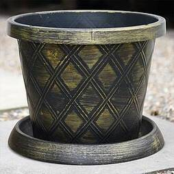 Patio Pot Black and Gold